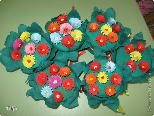 Такие шкатулочки мы дарили мамам к 8 марта. Делали детки 5-6 лет в детском саду на моих занятиях. фото 1