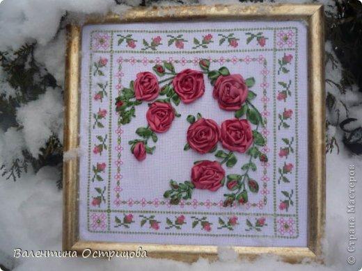 Картина панно рисунок Валентинов день Вышивка        Плетистая роза  Канва Ленты Нитки фото 1