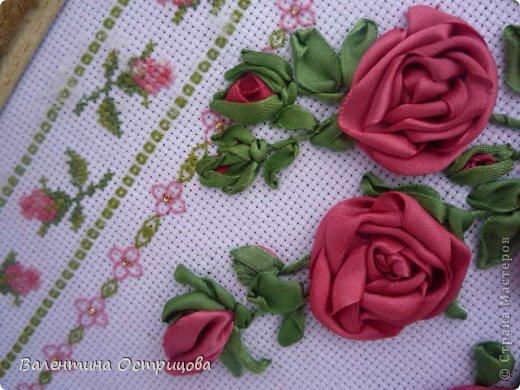 Картина панно рисунок Валентинов день Вышивка        Плетистая роза  Канва Ленты Нитки фото 2