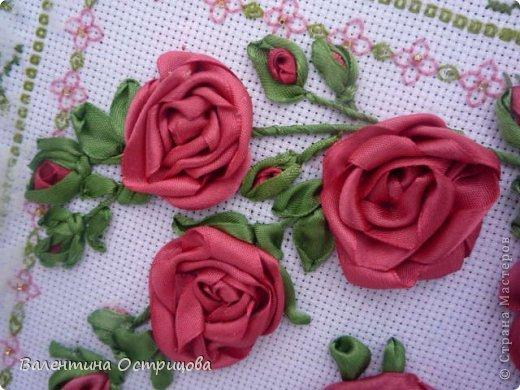 Картина панно рисунок Валентинов день Вышивка        Плетистая роза  Канва Ленты Нитки фото 7