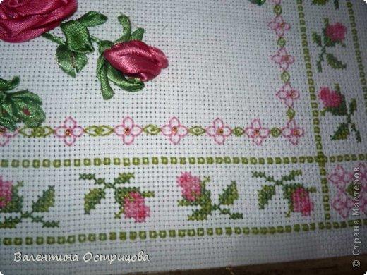 Картина панно рисунок Валентинов день Вышивка        Плетистая роза  Канва Ленты Нитки фото 9