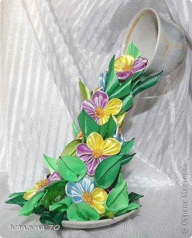 Декор предметов Поделка изделие Цумами Канзаши Мои чашки полетели  Ленты фото 7
