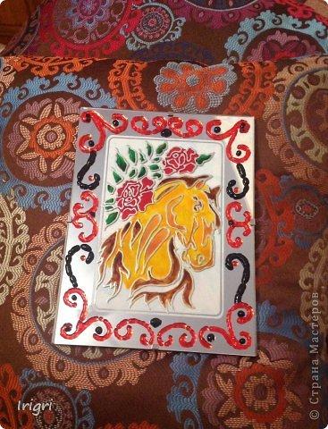 Декорация рамки запекаемыми гранулами и витражная роспись.