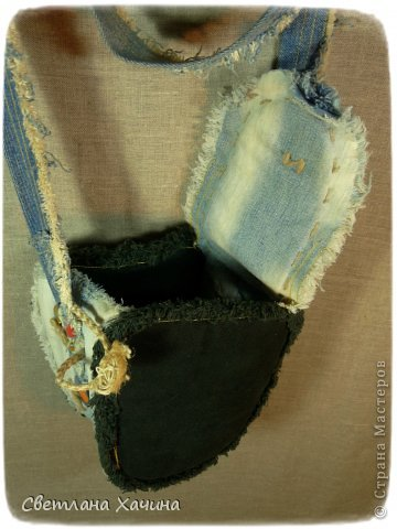 Обещала я показать мои прежние джинсовые сочинения на свободную тему. Выполняю! Этот фартук шила для свекрови на прошлый новый год, у неё это востребованная часть гардероба! Ни куда без него, но видать по душе не пришёлся, носит другой, тоже моего исполнения и тоже джинсовый)))) он уже разваливается и ни на что не похож, даже фотографировать не буду)))  А этот надевает только по праздникам, когда гости приходят. фото 13