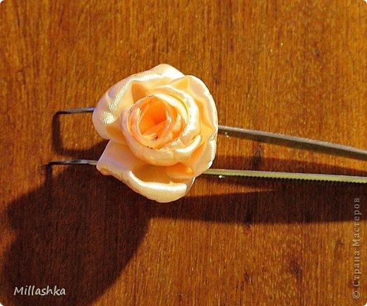 """Сегодня хочу показать вам, дорогие жители СМ, МК """"Пышная роза"""" или, как называю ее я, """"Роза для ленивых"""". Спросите: """"Почему для ленивых?"""". Отвечу: """"Да потому-что проще некуда!Быстро и ооочень красиво!"""" фото 17"""