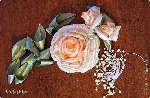 """Сегодня хочу показать вам, дорогие жители СМ, МК """"Пышная роза"""" или, как называю ее я, """"Роза для ленивых"""". Спросите: """"Почему для ленивых?"""". Отвечу: """"Да потому-что проще некуда!Быстро и ооочень красиво!"""" фото 22"""