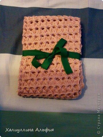На этот шарф я вдохновилась, когда просматривала работы моей коллеги по стране мастеров Татьяны Векленко. А вот и ссылка на ее брумстиковый шарф https://stranamasterov.ru/node/431975?c=favorite фото 5