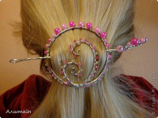 """После моего МК """"Закладка для книги из проволоки"""" http://stranamasterov.ru/node/718387, я решила ещё поэкспериментировать с проволокой и попробовать в такой же технике сделать заколку для волос. Весь процесс создания заколки я решила фотографировать и, если конечный результат понравиться, то поделиться моим опытом с Вами, мои дорогие Мастерицы! Что из этого получилось, смотрите... фото 17"""