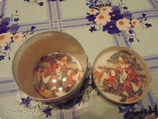 Вот сделала подарочки дяде и тёте. Поэтому и расцветка разная, но сделаны аналогично. фото 7