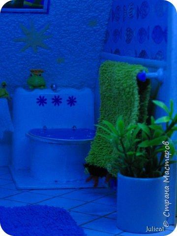 Здравствуйте, уважаемые жители Страны мастеров и ее гости!!!  Рада приветствовать вас в моей второй теме про Домик для Мишутки Даринки! Домик - это подарок моей доченьке к Новому 2014 году.  Изготовление его продолжается уже третий месяц, хоть Новый год уже давно позади....  Начало нашей истории смотрите в моем первом блоге http://stranamasterov.ru/node/713606  Итак, домик по-прежнему выглядит так. фото 28