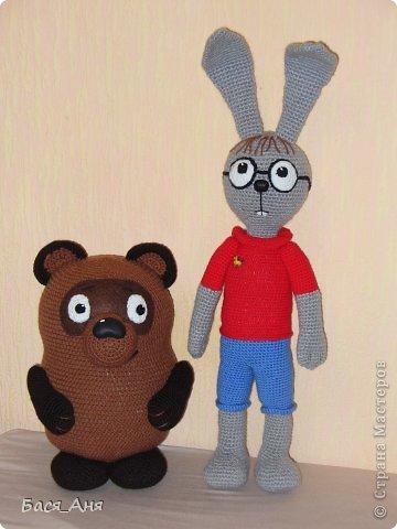 Сегодня мы к вам в гости с Винни Пухом и Кроликом.