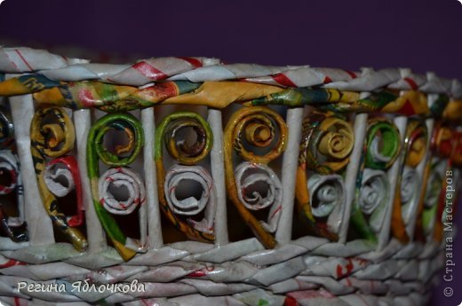 Вот мое новое плетение, тоже лежанка для кошек только уже на две персоны.Елизавета и Валентин остались довольны,а я рада что им понравилось)))) фото 3