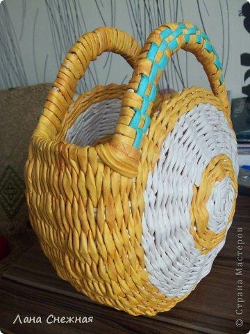 Мастер-класс Поделка изделие Плетение Сумочка для девчушки Бумага газетная Трубочки бумажные фото 11