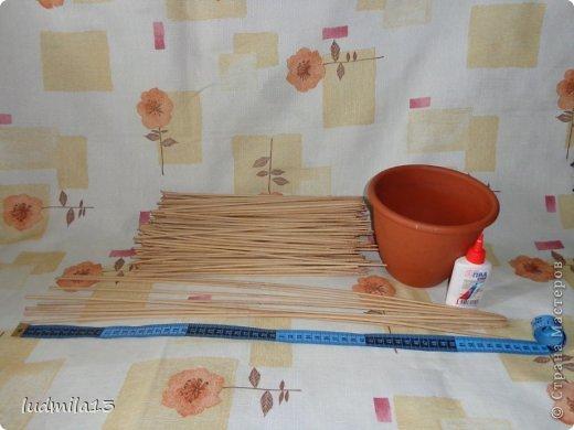 Мастер-класс Поделка изделие Пасха Плетение МК курочки Бумага газетная Трубочки бумажные фото 2