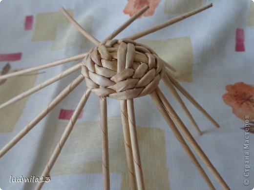 Мастер-класс Поделка изделие Пасха Плетение МК курочки Бумага газетная Трубочки бумажные фото 24