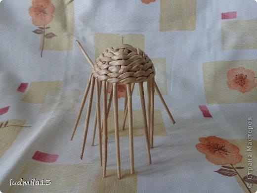 Мастер-класс Поделка изделие Пасха Плетение МК курочки Бумага газетная Трубочки бумажные фото 25