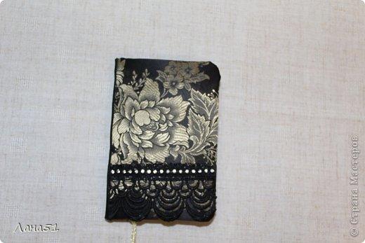 Мастер-класс Скрапбукинг Блокноты в мягкой обложке Бусинки Ленты Ткань фото 15