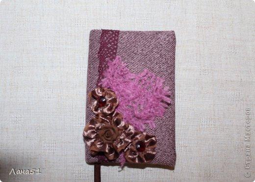 Мастер-класс Скрапбукинг Блокноты в мягкой обложке Бусинки Ленты Ткань фото 20
