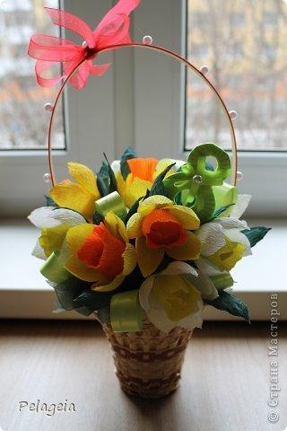Мастер-класс Свит-дизайн 8 марта Моделирование конструирование Нарциссы МК Бумага гофрированная фото 18