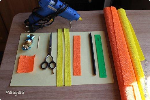 Мастер-класс Свит-дизайн 8 марта Моделирование конструирование Нарциссы МК Бумага гофрированная фото 2