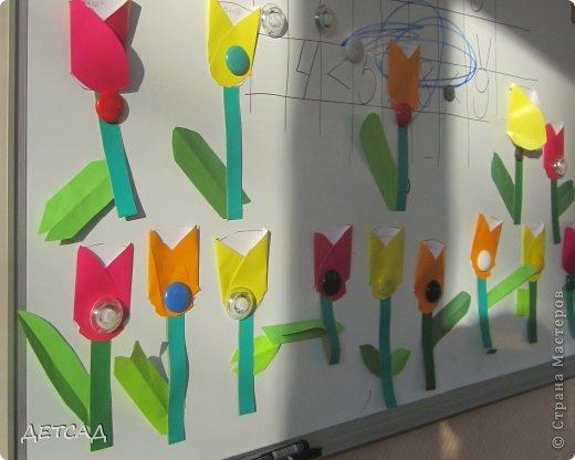 Вот такие тюльпаны для любимой мамы сделали наши дошколята: