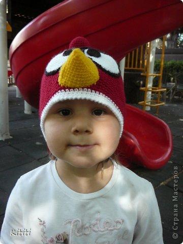 Шапочка Angry Birds, оказалась очень популярной мне заказали 3 штуки) фото 2