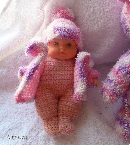 Для крестницы Ксении связала мышонка и купленному пупсику одёжку потеплее, ведь дело было в середине января... фото 4