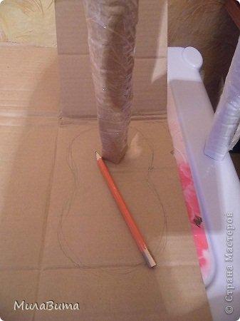 Всем доброе утро)))) Как то раз в магазине я увидела большенькую куклу с длинными ногами и большими ботинками,которые встречают вас с работы,нужно их ставить в прихожую и радоваться,когда приходишь домой)))) рост моей куклы 85-90см может кто-то захочет и себе такую же куклу)))то прошу))))дальше будет мк))) уверена у вас получится гораздо лучше) но взглянув на цену...я пошатнулась и тихоньку вышла вон((( долго искала что-то подобное в интернете,чтобы подробнее разглядеть,но что-то ничего не нашла(((( увидела на американском магазине, мелкую картинку. Ну решила,что надо себе такую сделать))))  Вот что у меня получилось)))мои недельные труды)))) фото 9