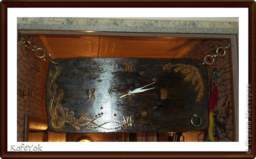 Вот такие получились часики в дверном проеме кухни и коридора (Секундная стрелка - золото, основные - серебро)