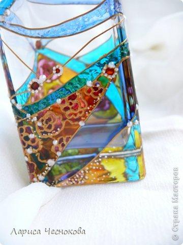 getimage_11_0 Вазы из стеклянных бутылок: декор, роспись и обрезка