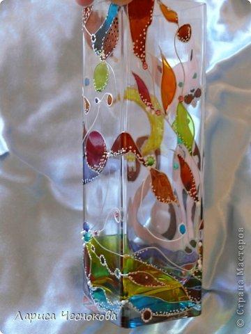 getimage_17_0 Вазы из стеклянных бутылок: декор, роспись и обрезка