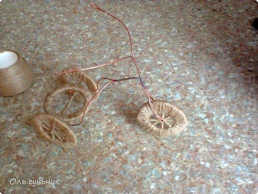 Доброго всем времени суток!!! Увидела я у Оли https://stranamasterov.ru/node/633971?c=favorite шпагатный велосипед и захотелось мне иметь такой же! Раз захотела, то вот он перед вами))) МК по велосипедам в Стране есть, но я делала немного по другому, поэтому показываю МК... фото 24