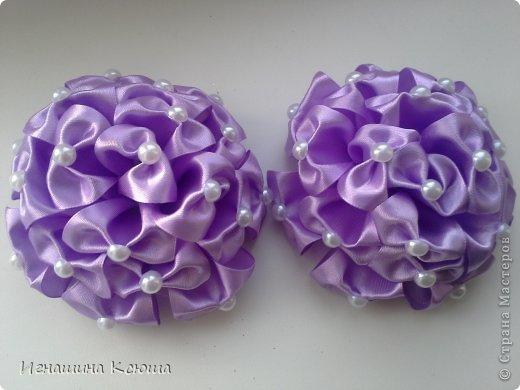 очень понравились такие банты, сделала в нескольких  расцветках ( d-10см)