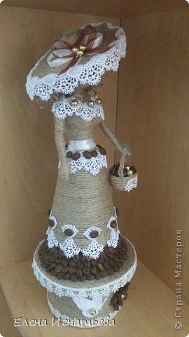 Мастер-класс Поделка изделие Моделирование конструирование Моя леди - как я ее делала  Бусинки Бутылки пластиковые Кофе Кружево Шпагат фото 1