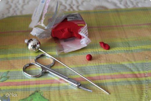 Здравствуйте, Мастерицы!!! Я обещала показать процесс изготовления цветка сирени. Наконец-то я сделала этот МК!!! Спасибо Сестренке за то, что она сделала фото, т.к. одной мне тут ну никак не справится.   фото 2