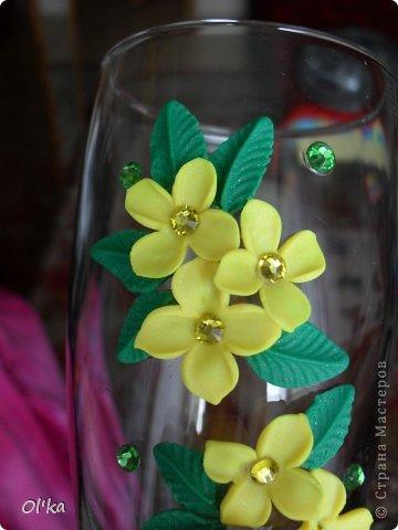 Здравствуйте, Мастерицы!!! Я обещала показать процесс изготовления цветка сирени. Наконец-то я сделала этот МК!!! Спасибо Сестренке за то, что она сделала фото, т.к. одной мне тут ну никак не справится.   фото 1