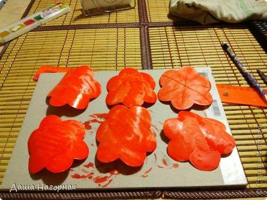 Мастер-класс Поделка изделие Бумагопластика Плетение мк по розам из акварельной бумаги Акварель Бумага газетная Клей фото 6