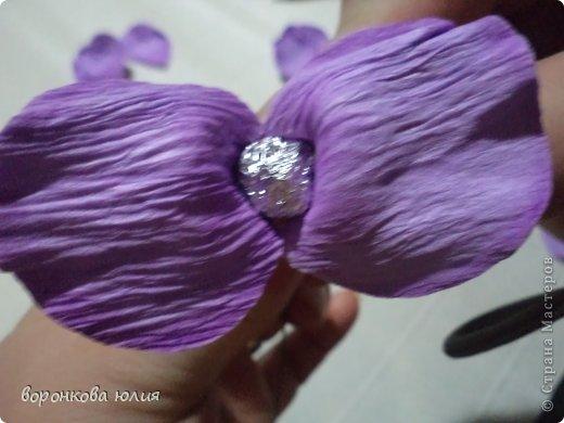 Мастер-класс Поделка изделие Моделирование конструирование цветок орхидеи из фома и как придать структуру листку без молда м к Фоамиран фом фото 18