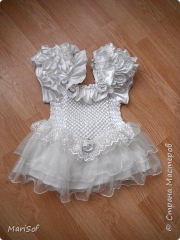 """Всем привет! Пошилось у меня вот такое """"свадебное"""" платье для дочки. Летом поедем на свадьбу моей племянницы. Шила в ручную юбку. А верх немного переделала от старого платья. фото 3"""