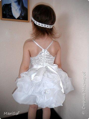 """Всем привет! Пошилось у меня вот такое """"свадебное"""" платье для дочки. Летом поедем на свадьбу моей племянницы. Шила в ручную юбку. А верх немного переделала от старого платья. фото 2"""