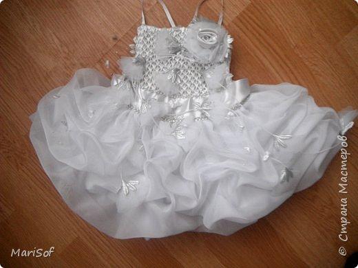 """Всем привет! Пошилось у меня вот такое """"свадебное"""" платье для дочки. Летом поедем на свадьбу моей племянницы. Шила в ручную юбку. А верх немного переделала от старого платья. фото 4"""
