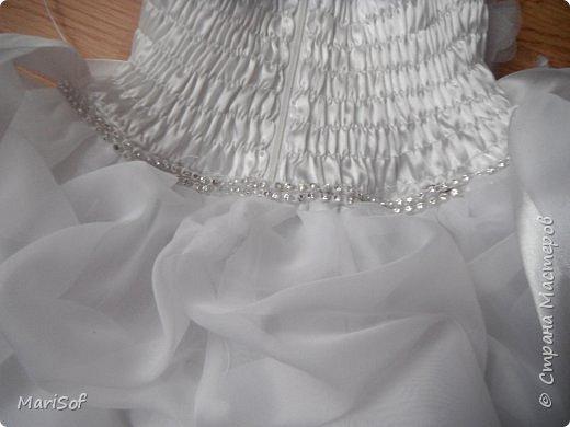 """Всем привет! Пошилось у меня вот такое """"свадебное"""" платье для дочки. Летом поедем на свадьбу моей племянницы. Шила в ручную юбку. А верх немного переделала от старого платья. фото 7"""