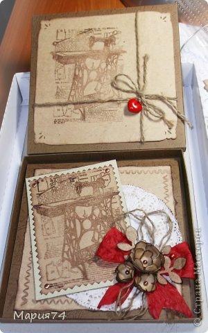 И снова я своими крафт изделиями. На сей раз это женская открытка - для женщины рукодельницы. Открытка в коробке. Правда, уже давно сделала, теперь немного поднакопилось опыта, уже хочется сделать по-другому. Но пока что есть, то есть... фото 2