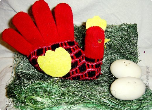 Игрушка Мастер-класс Пасха Шитьё курица на скорую руку Материал бросовый Ткань фото 1