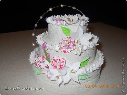 Тортик выполнен по МК Астории.  Цветочки ручной работы.  фото 1