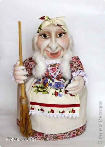 Баба Яга - грелка на чайник.