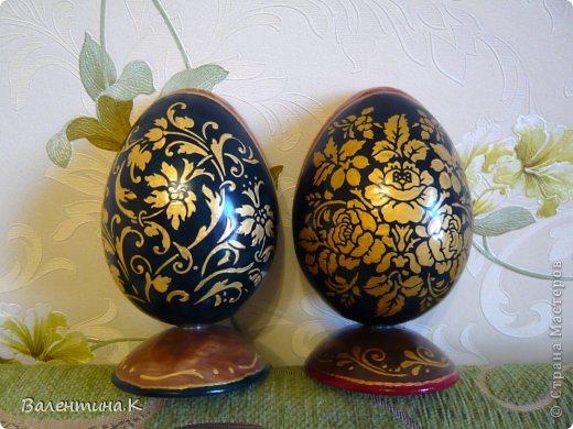 Добрый день. Как и многие готовлю Пасхальные сувениры. Яйца деревянные. По форме такие же как с Троицей Рублёва, то есть со срезом. Только эти чуть поменьше. Высота яйца 12 см, с подставкой 14,5. Мадонны с младенцами. фото 10