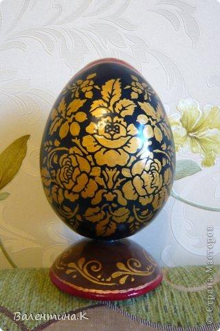 Добрый день. Как и многие готовлю Пасхальные сувениры. Яйца деревянные. По форме такие же как с Троицей Рублёва, то есть со срезом. Только эти чуть поменьше. Высота яйца 12 см, с подставкой 14,5. Мадонны с младенцами. фото 7