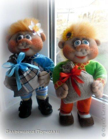 Всем привет!!!Закончила ещё пару кукол-грелок.Как я их в шутку называю-Кукла-заначка)))) фото 5