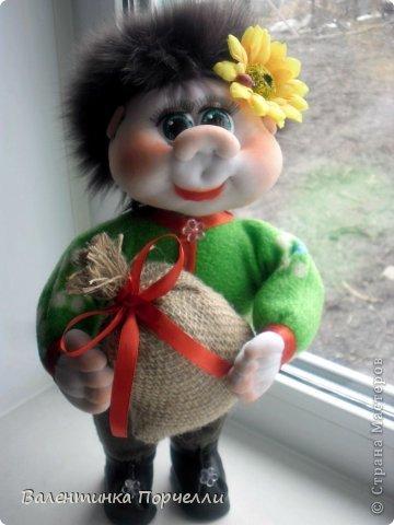 Всем привет!!!Закончила ещё пару кукол-грелок.Как я их в шутку называю-Кукла-заначка)))) фото 15